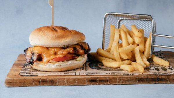 blu beach chicken burger