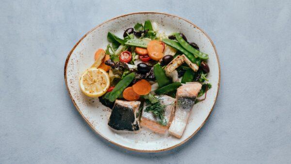 blu beach fresh salmon salad