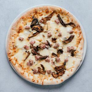 blu beach pizza sasizza